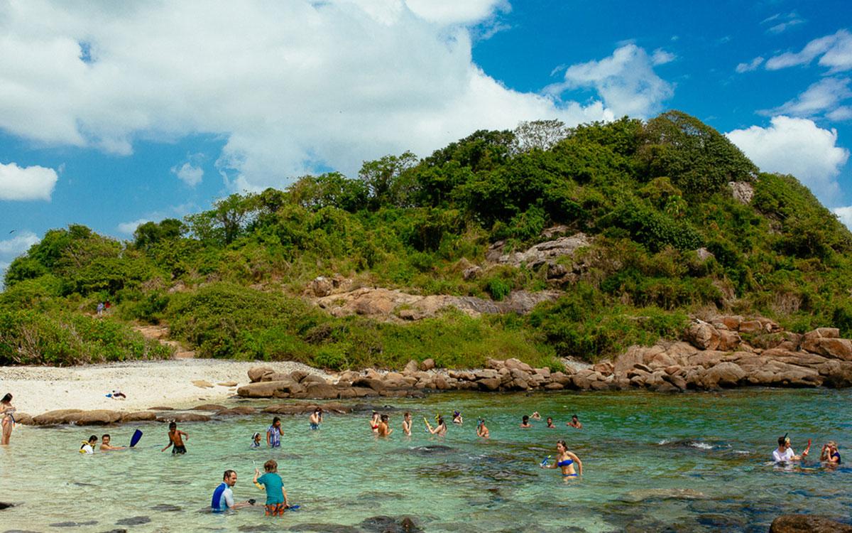 Trinco-pigeon island